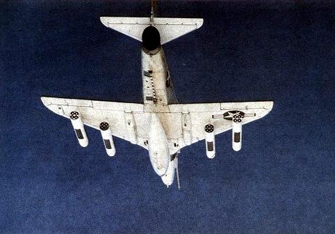 A-4F_Skyhawk_with_Zuni_rockets_in_flight