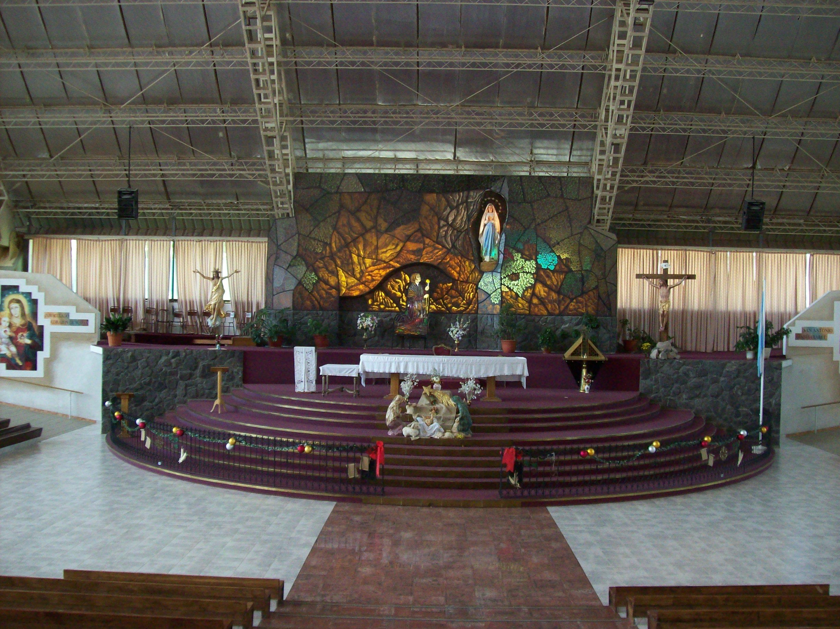 Nuestra Señora De Lourdes: File:Altar Del Santuario Nuestra Señora De Lourdes De El