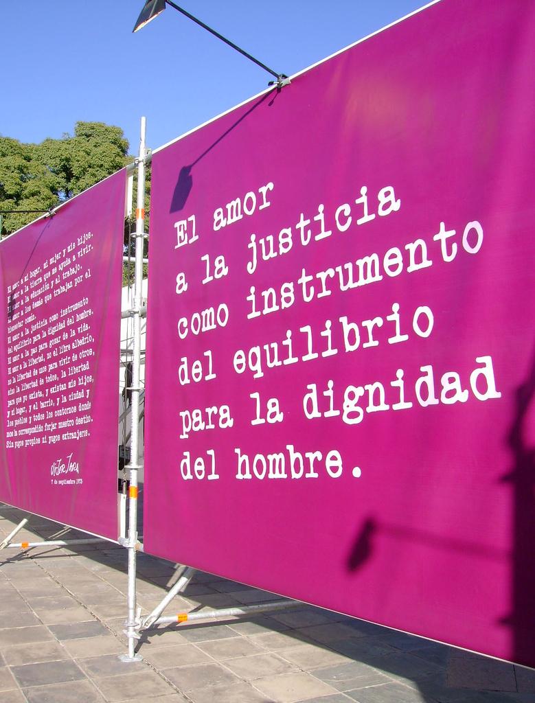 «El amor a la justicia como instrumento del equilibrio para la dignidad del hombre», oración de Víctor Jara.