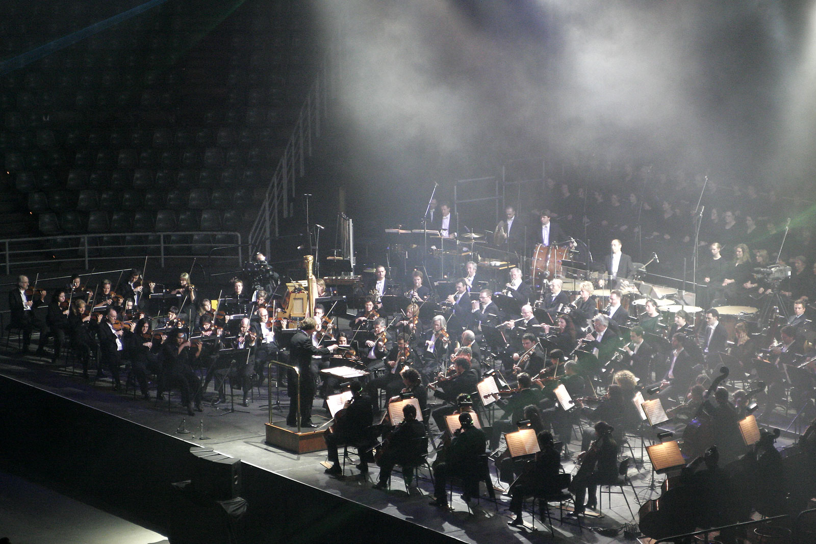Anthony_inglis_conducting_melbourne_symphony_orchestra02.jpg