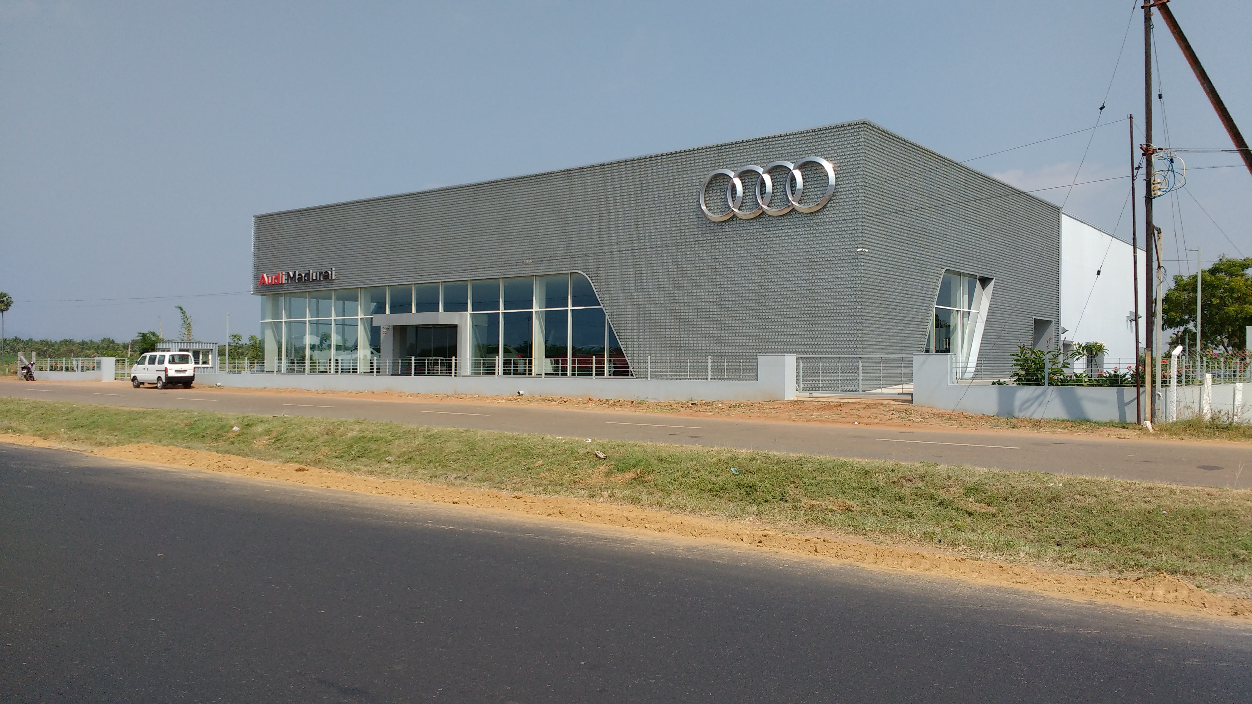 File Audi Madurai Showroom 2 Jpg Wikimedia Commons