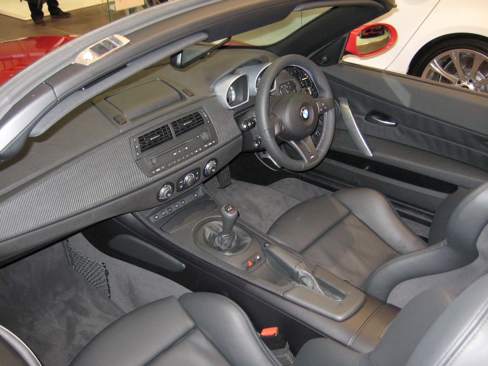 File Bmw Z4 M Roadster Interior Jpg Wikimedia Commons