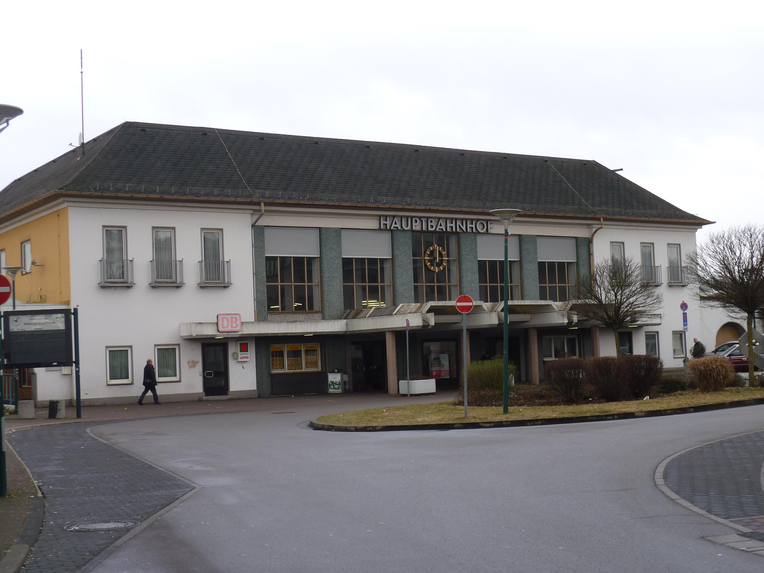 Neunkirchen (Saar) Hauptbahnhof | Mapio.net