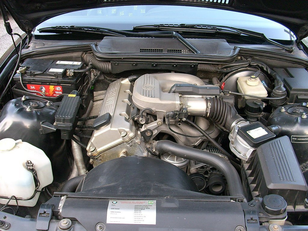 File bmw 316 e36 engine bay 2 jpg wikipedia