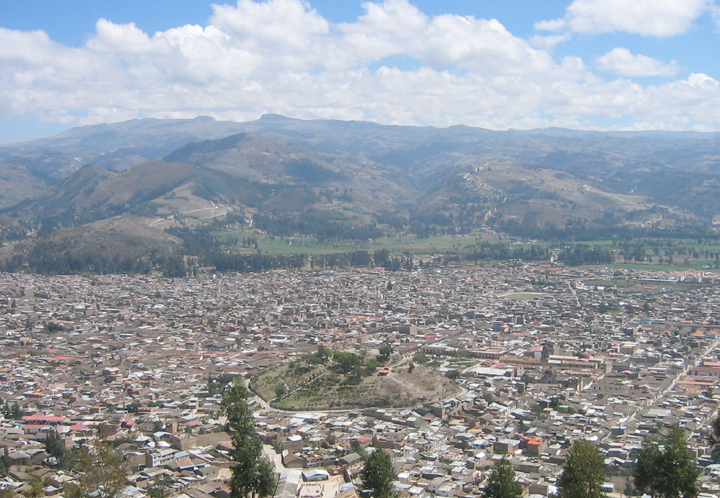 Aerial view of Cajamarca, Peru Català: Vista a...