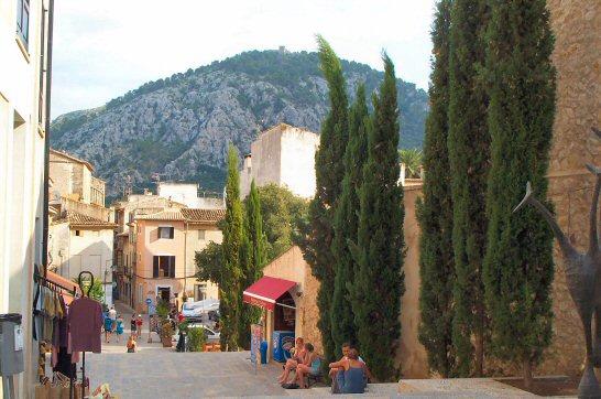 File:Calvari Steps, Pollensa.jpg - Wikimedia Commons