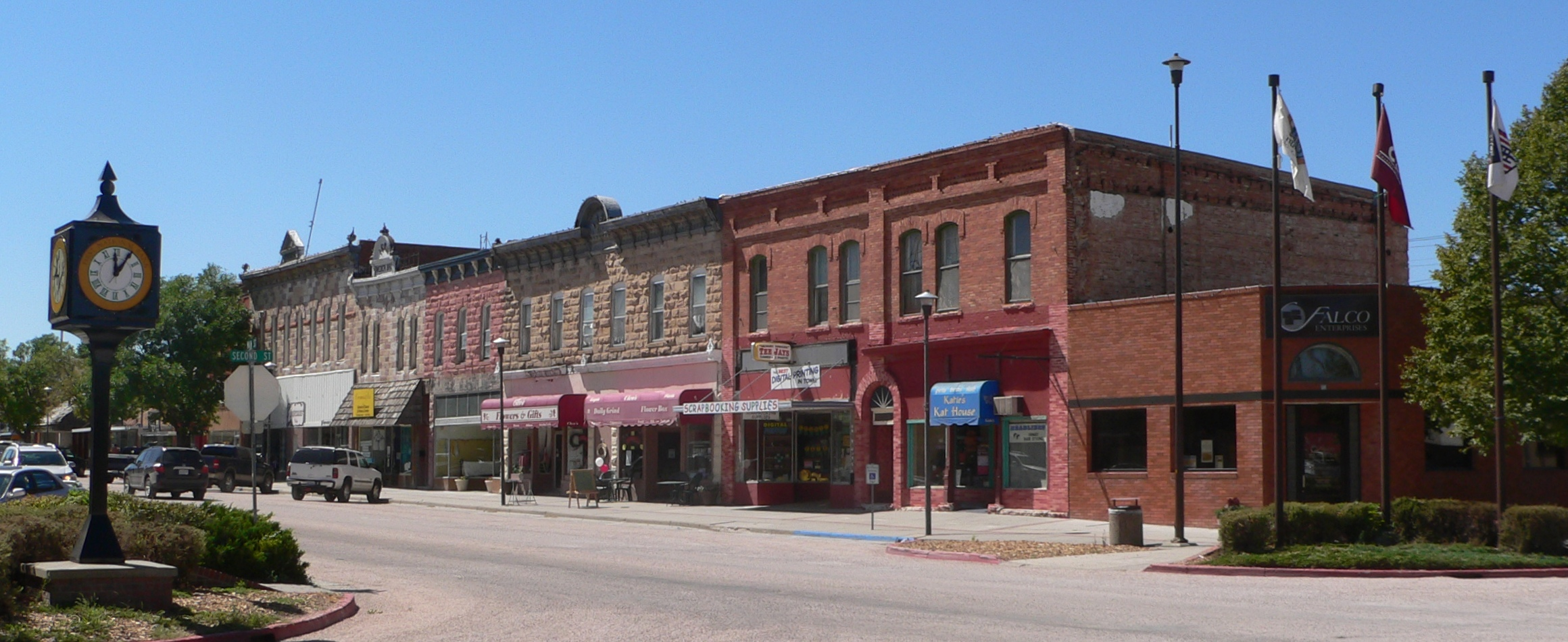 Quaint Town File Chadron Nebraska 200 Odd Main Jpg Wikimedia Commons