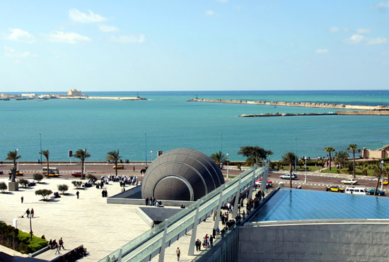 File:Coast of Alexandria, A view From Bibliotheca Alexandrina, Egypt.jpg