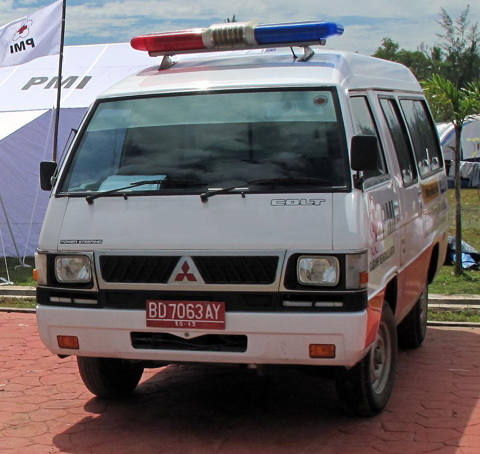 FileColt L300 Ambulance In Lampung