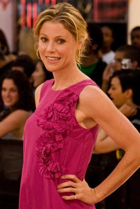ETalk2008-Julie Bowen ALT