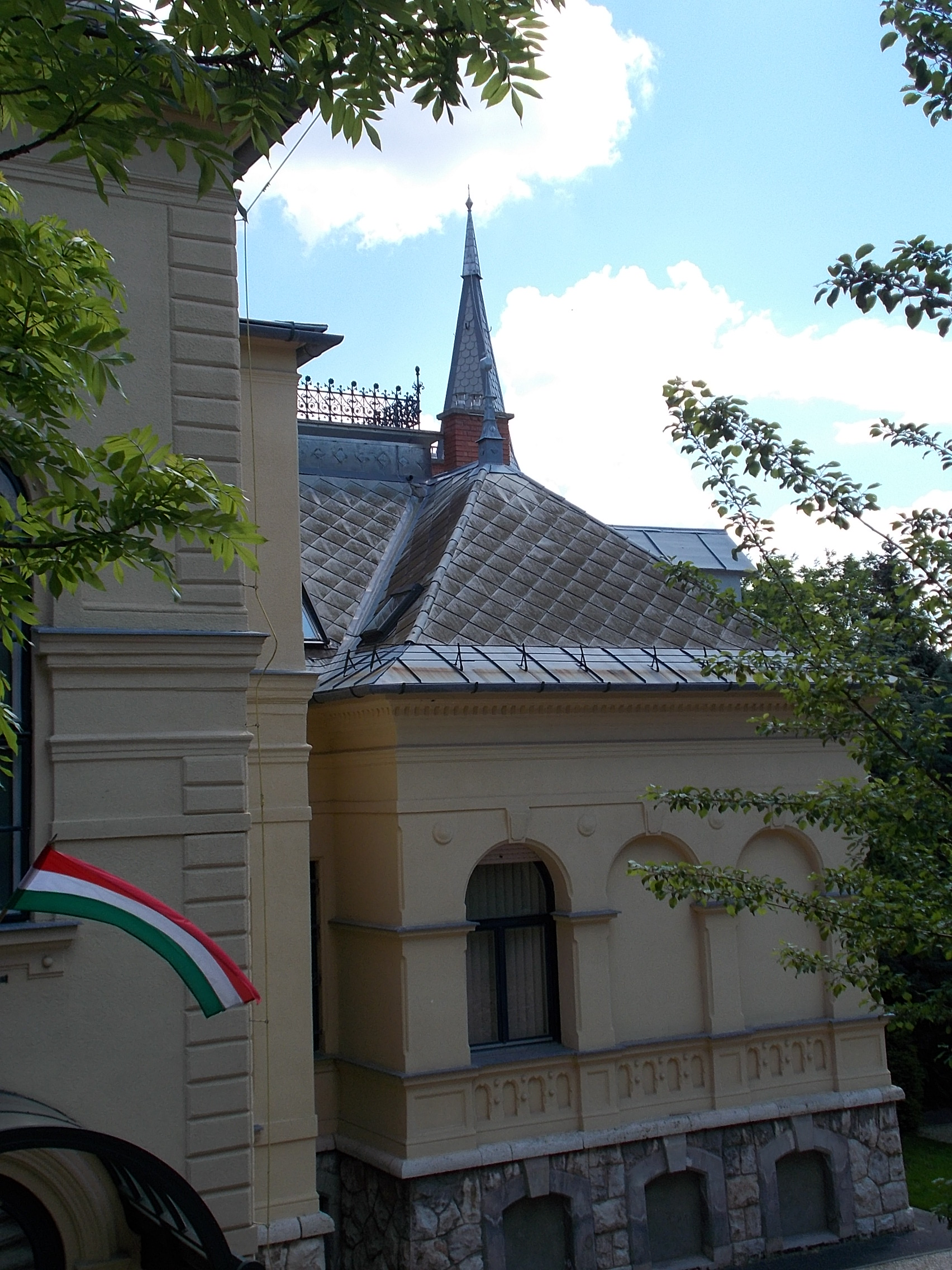 file:eclectic house, south wing, 15 cserje street, 2016 budapest