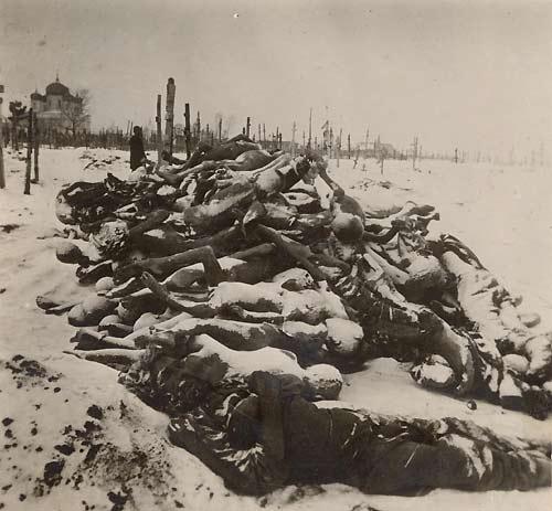 Файл:Famine in Russia 1921.jpg