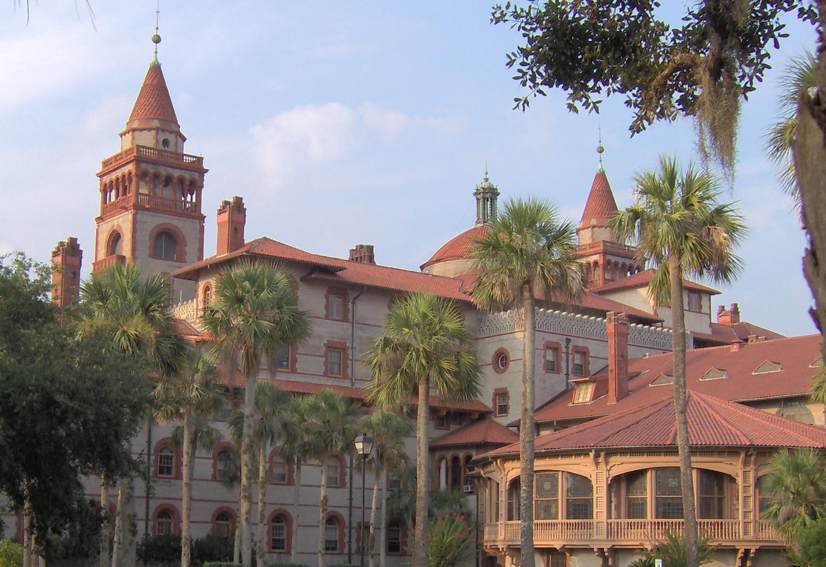 Ponce De León Hotel