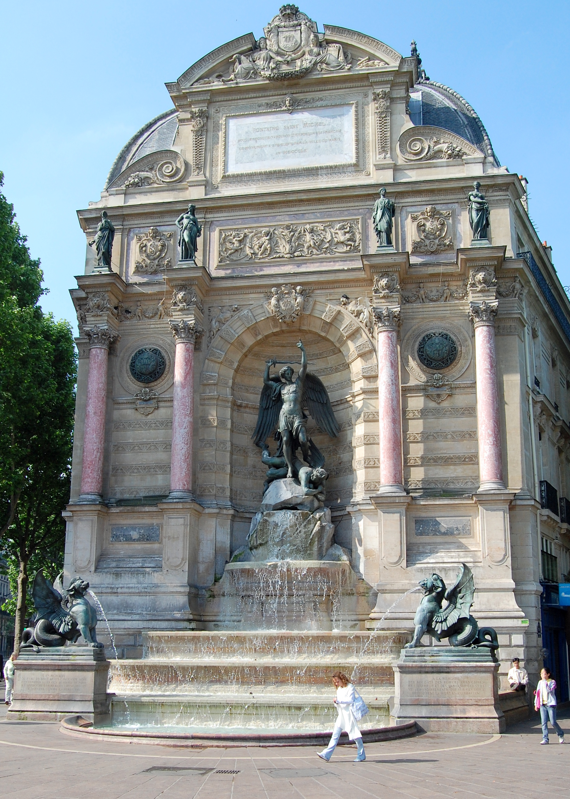 Fontaine Saint Michel Paris Fontaine Saint-michel