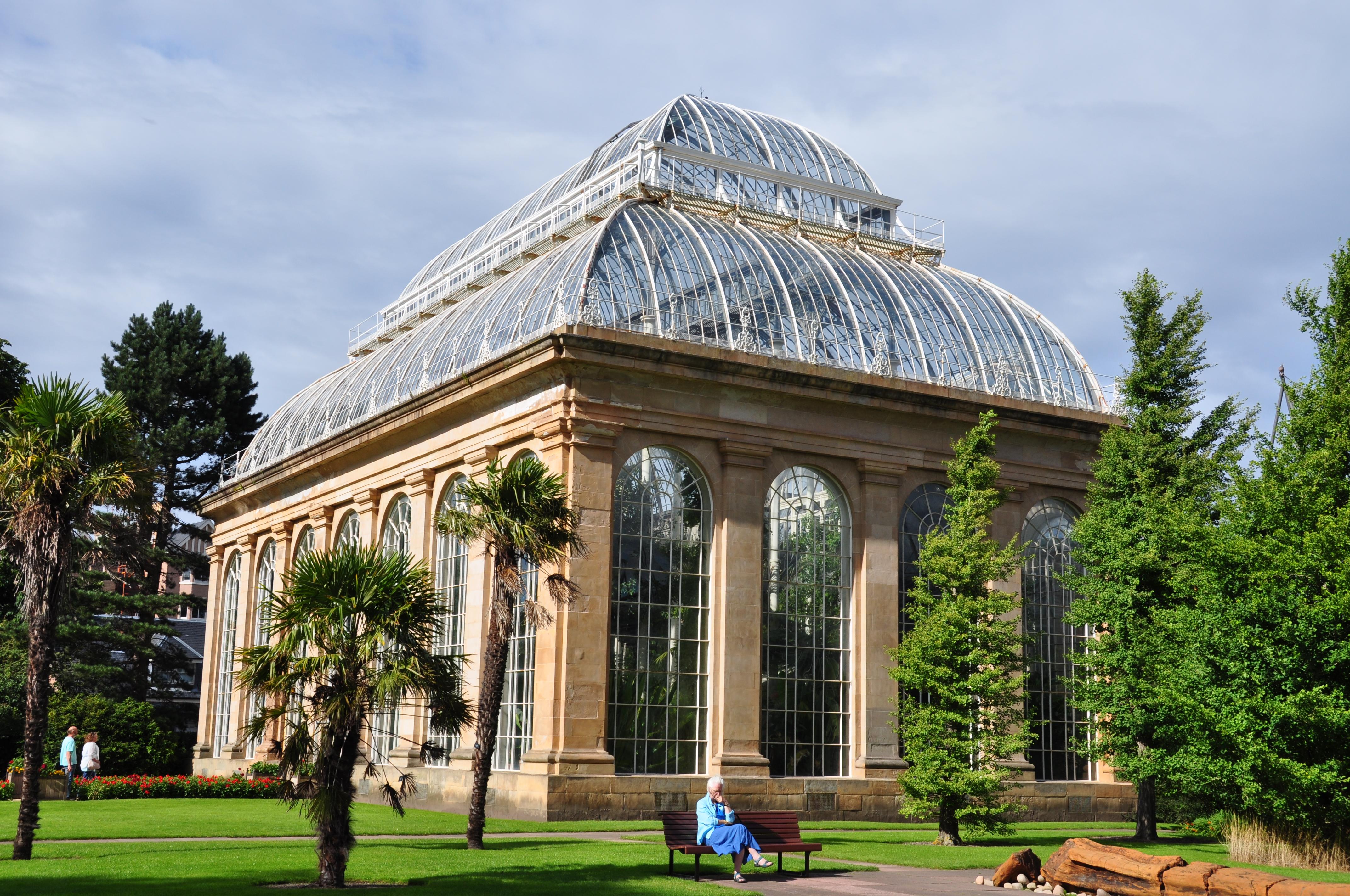 File:Greenhouse_at_the_royal_botanic_garden_of_Edinburgh on Building A Greenhouse