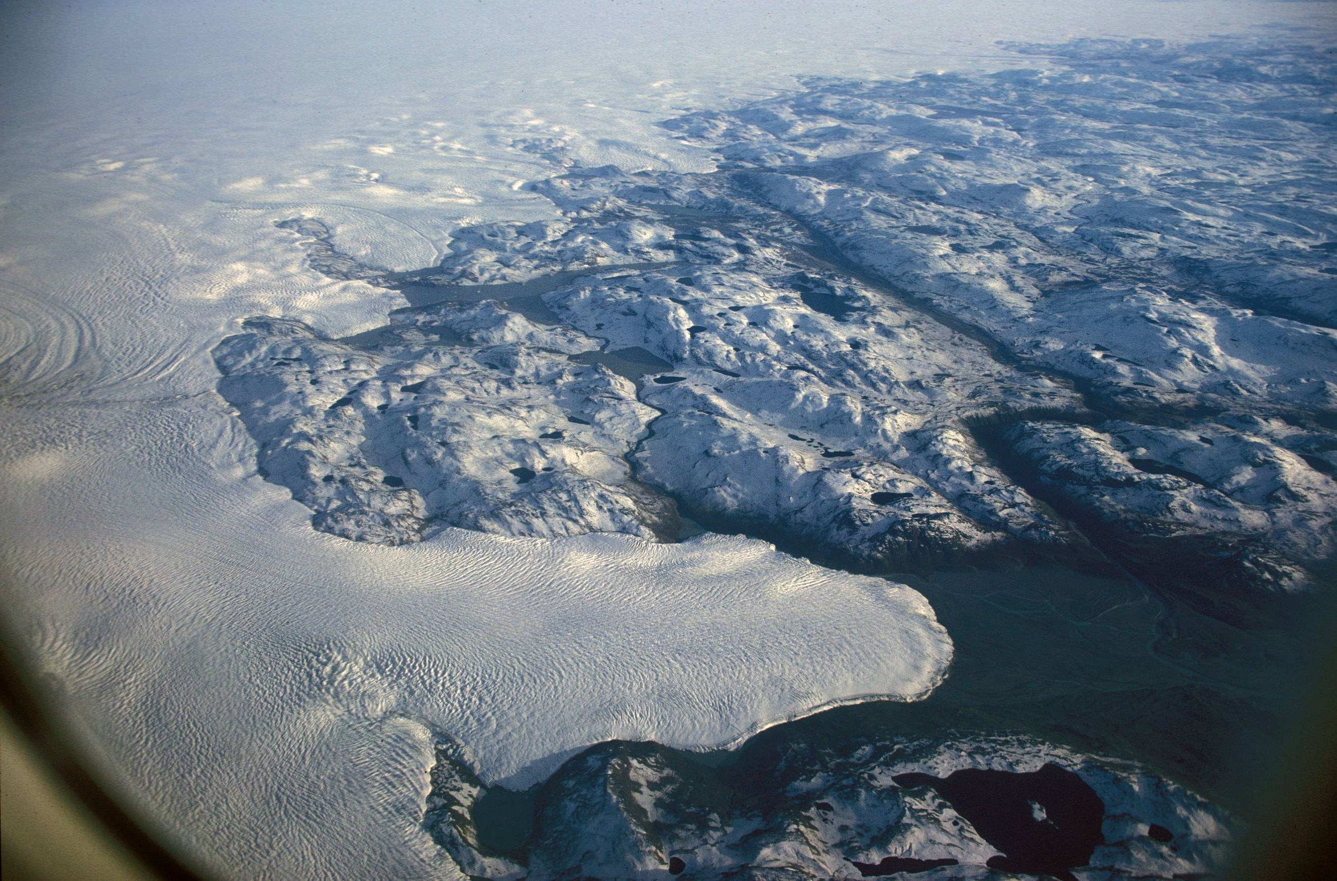 Margin of the Greenland ice sheet (view from p...