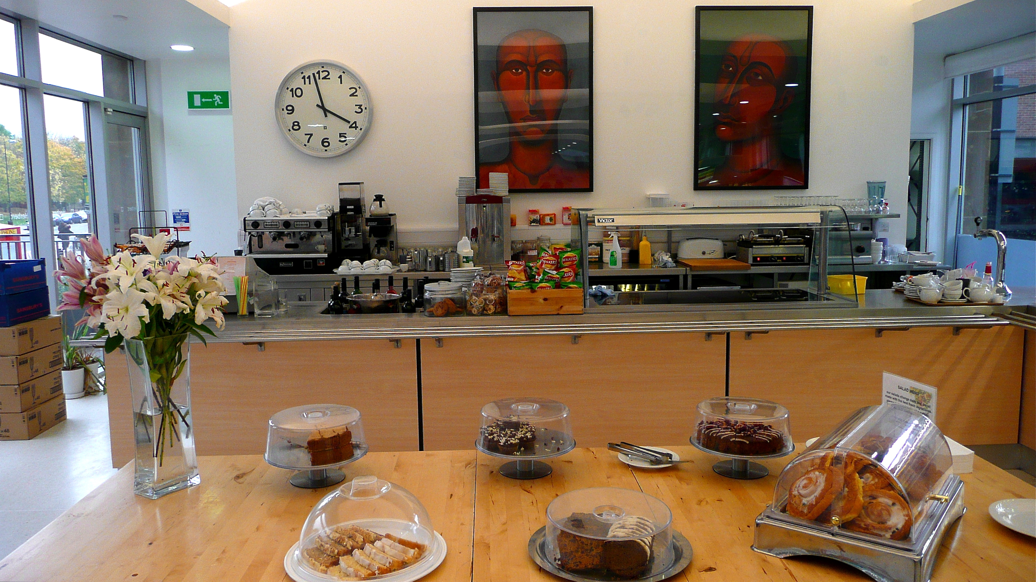 File:Herbert Art Museum and Gallery, Coventry - Cafe.jpg