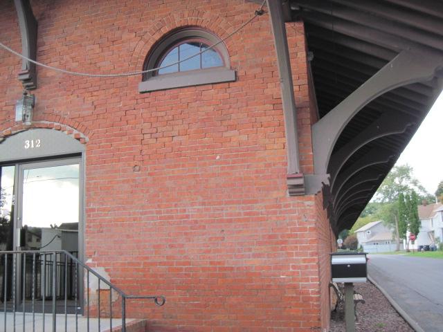 File:Horseheads Railway Museum (Walkway).JPG