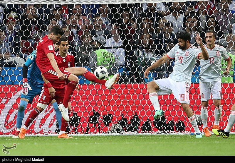 Iran and Spain match at the FIFA World Cup (2018-06-20) 01.jpg