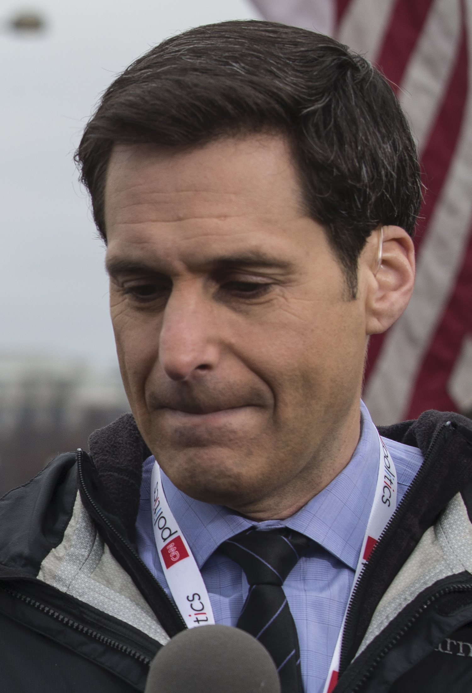 John Berman 2021: Wife, net worth, tattoos, smoking & body facts - Taddlr