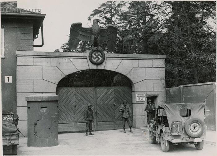 dachau concentration camp Dachau concentration camp memorial site alte römerstraße 75 d – 85221 dachau deutschland : visitors' center, information and entrance to the memorial site.