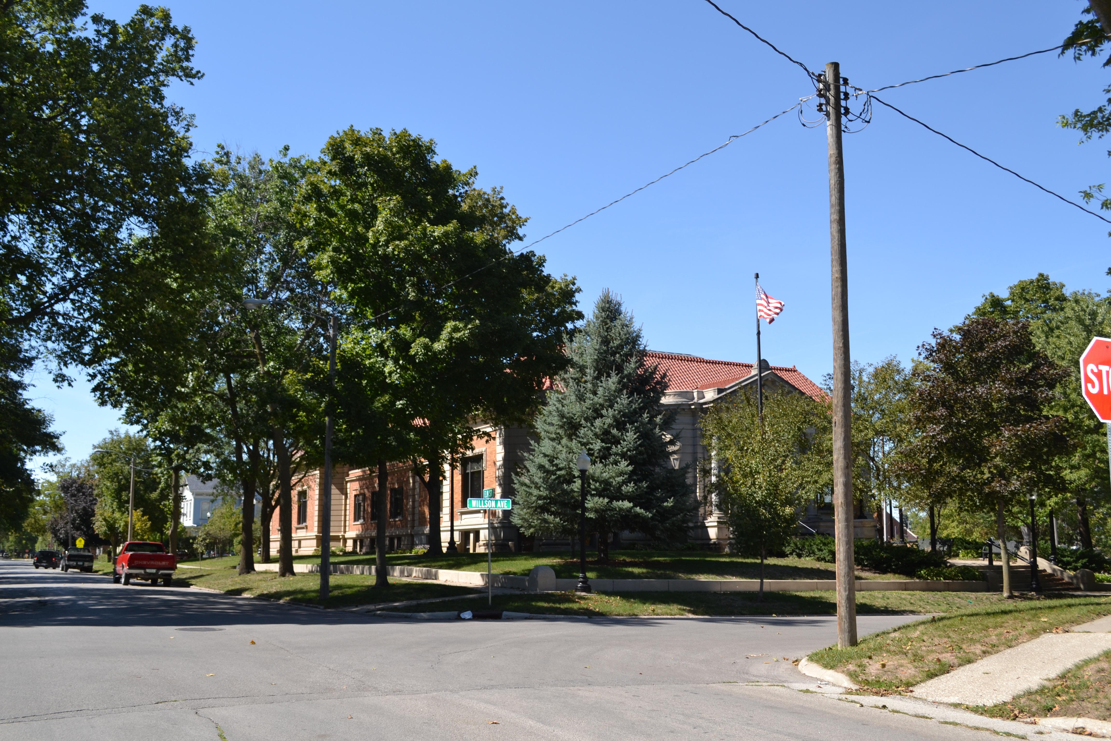 Library Iowa City Hours