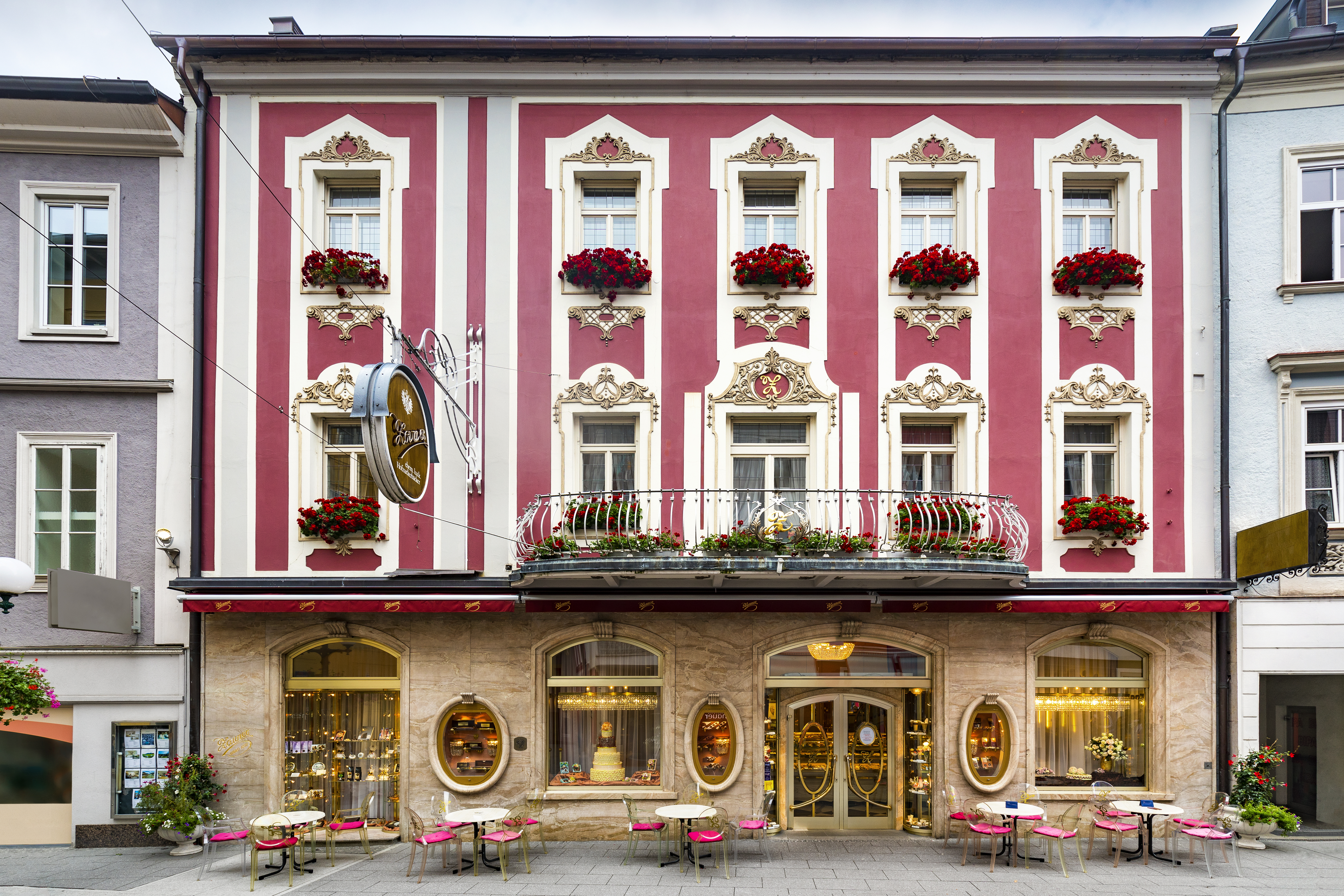 The Konditorei Zauner Bakery and Pastry shop, the parent company in Pfarrgasse in Bad Ischl (per Wikimedia)