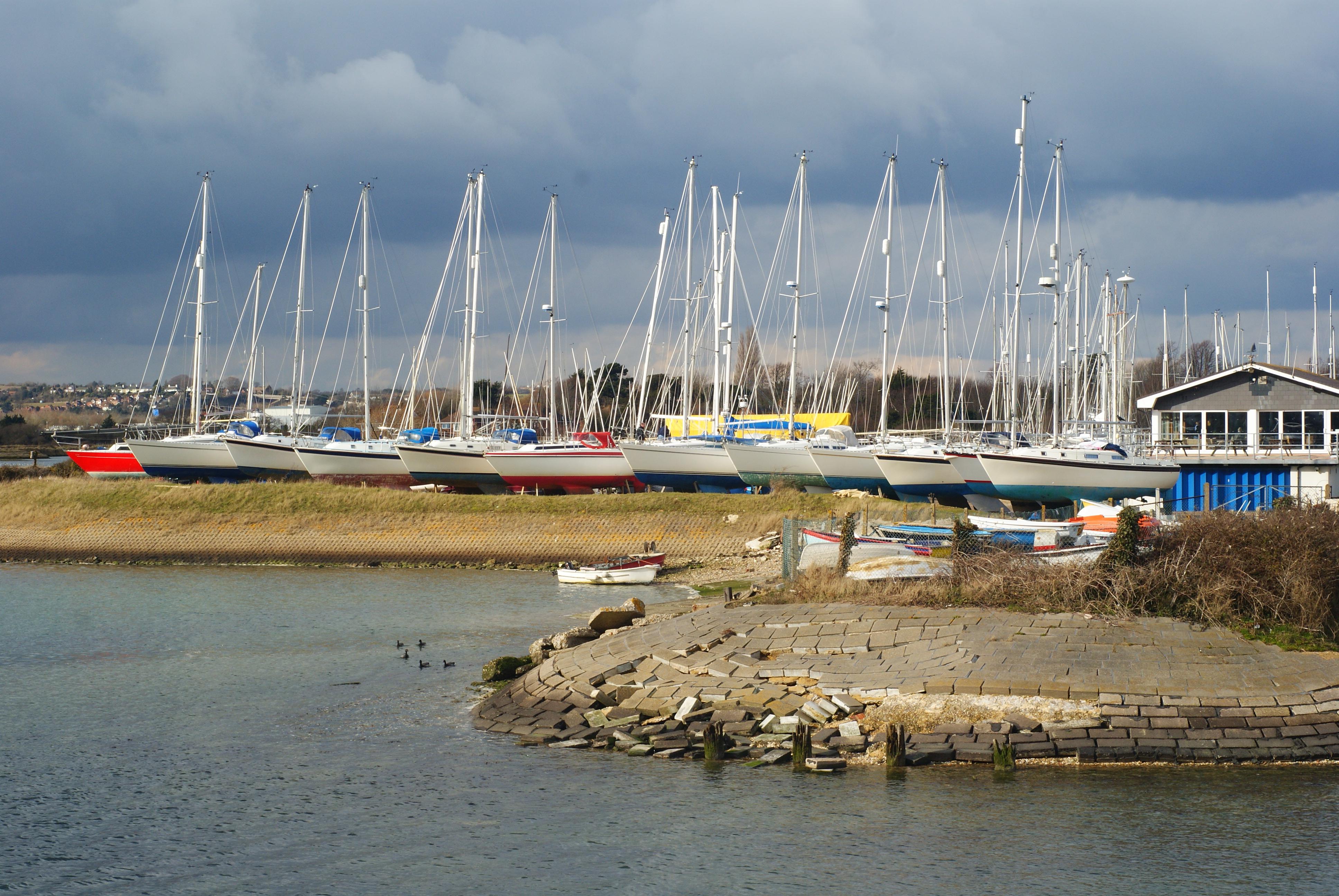 File:Langstone Sailing Club, Hampshire - geograph.org.uk ...
