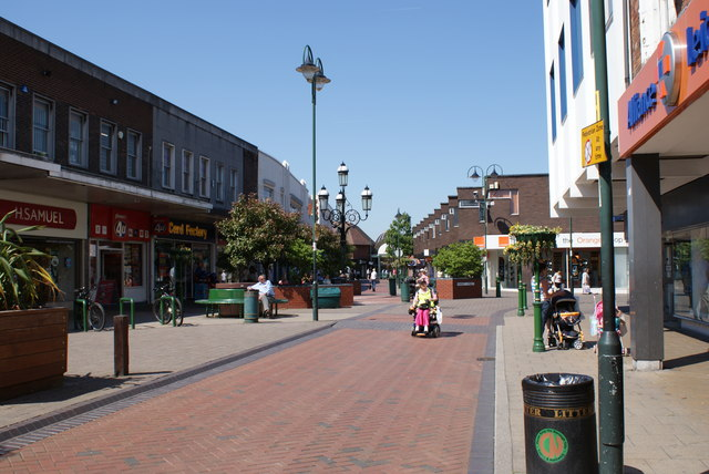 Looking into Crewe - geograph.org.uk - 1470232