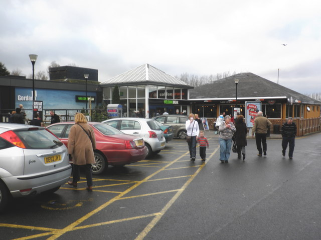 File:M5 Motorway Services, Gordano - geograph.org.uk - 1636925.jpg