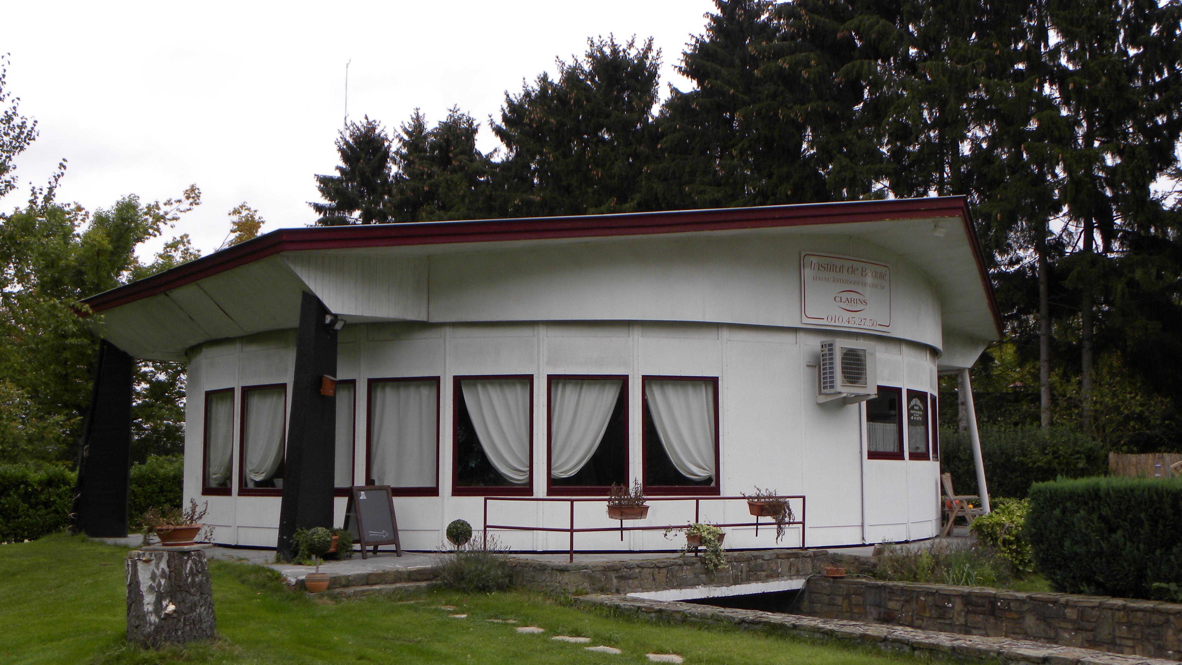 File maison tournante wavre en brabant wallon belgique jpg wikimedia co - Maison abandonnee belgique ...