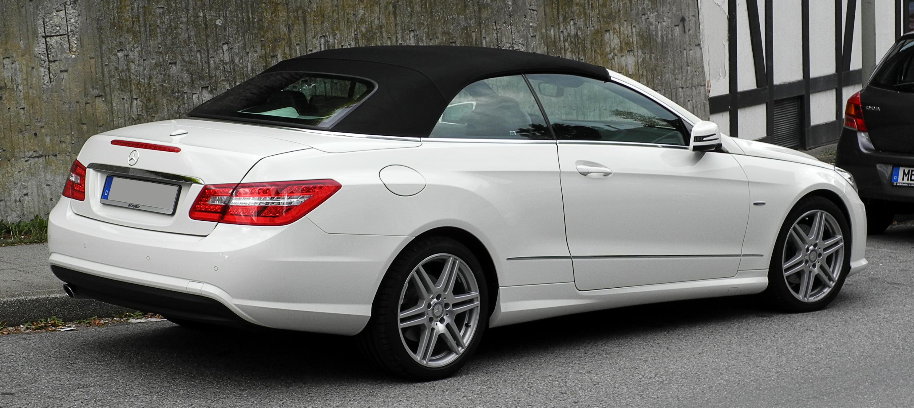 Mercedes benz e 250 cgi blueefficiency cabriolet for Mercedes benz e 250