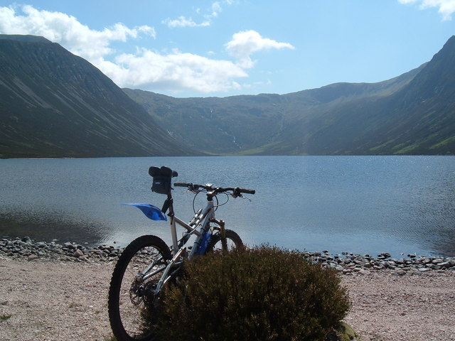 Mountain biking in the Cairngorms. - geograph.org.uk - 586073