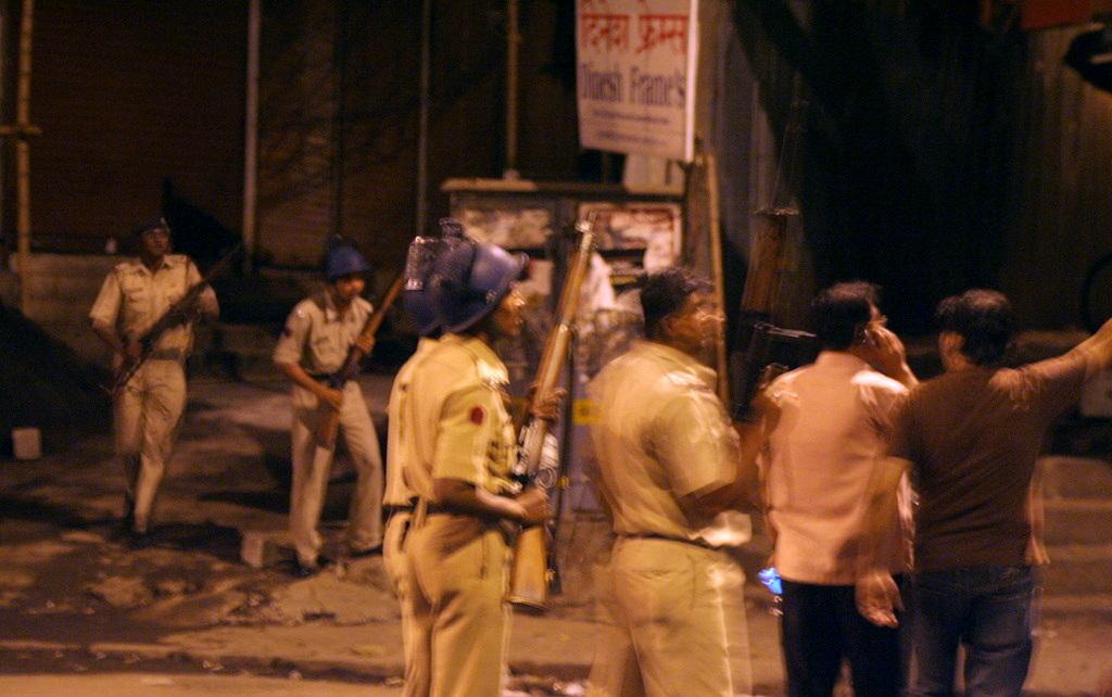 report terrorist mumbai