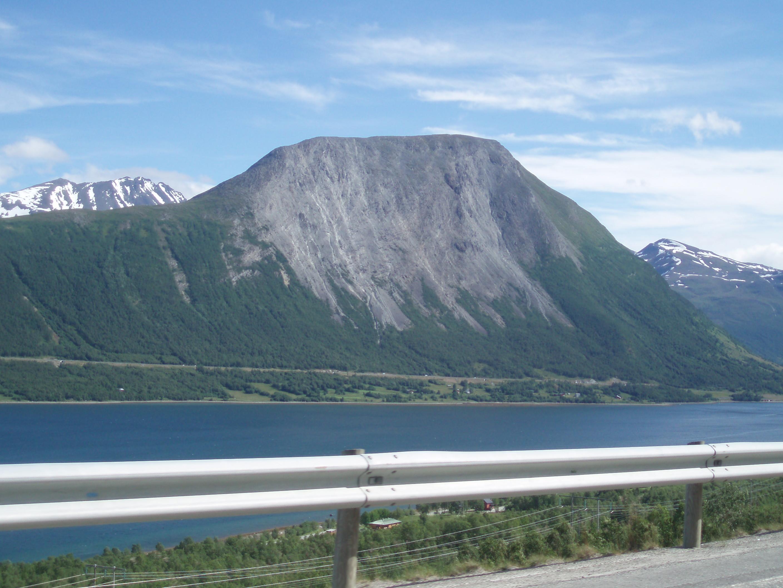 Singel på fjellet 25 - 40 år — Turer og aktiviteter — Balsfjord og omegn Turlag