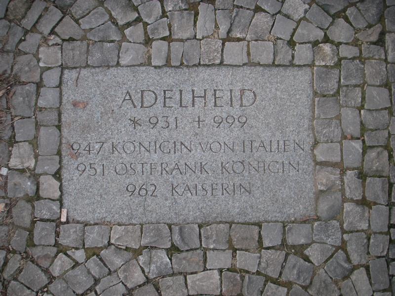 best service 152a0 824ed Adelheid von Burgund – Wikipedia