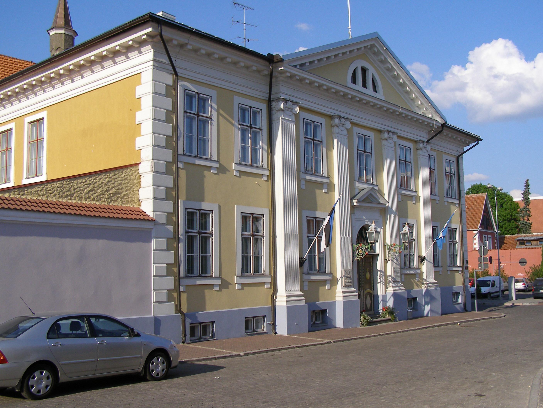 File Parnu City Hall Jpg Wikimedia Commons