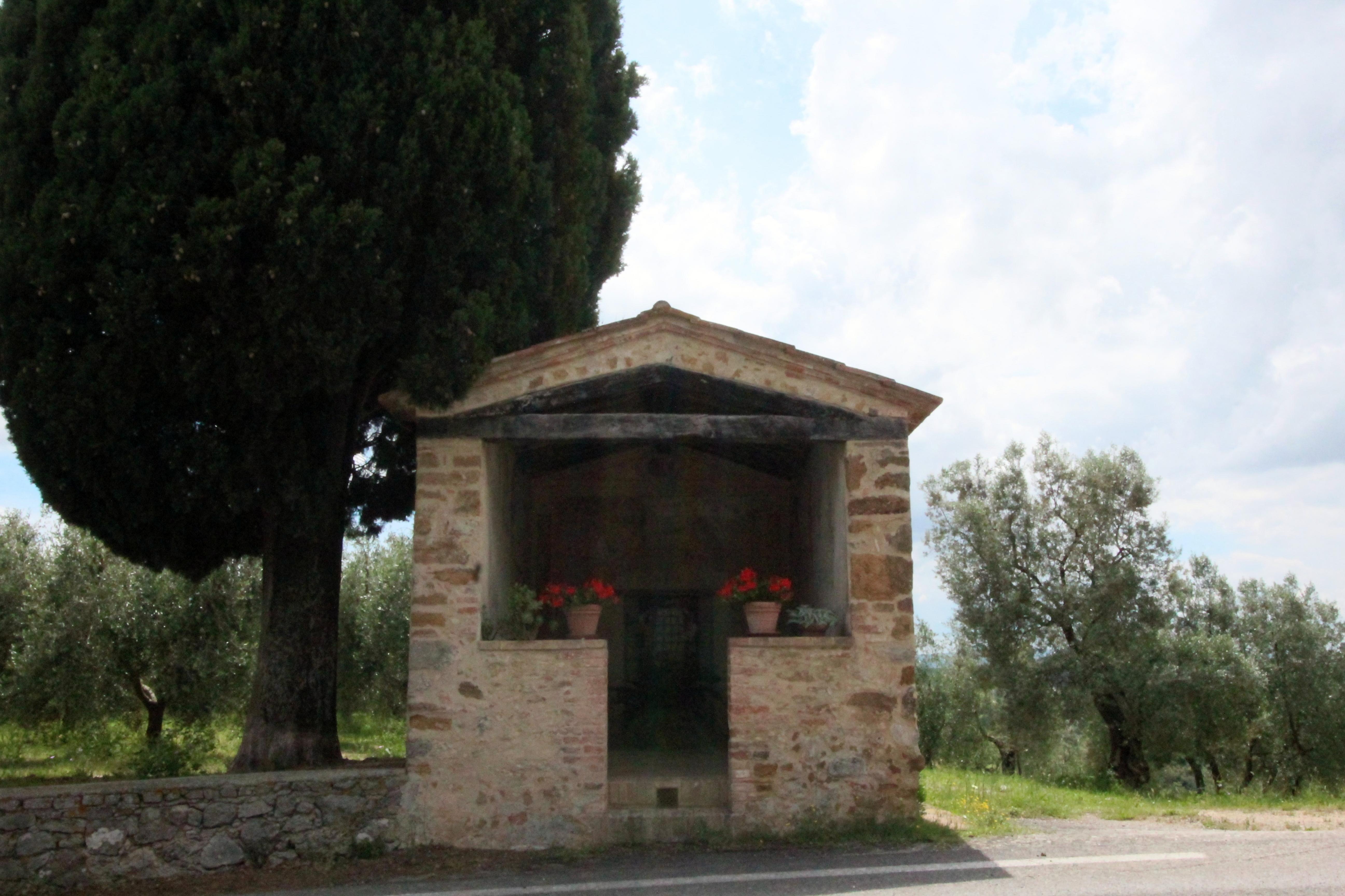 Cappella della Madonna del Parto, Petroio, Trequanda
