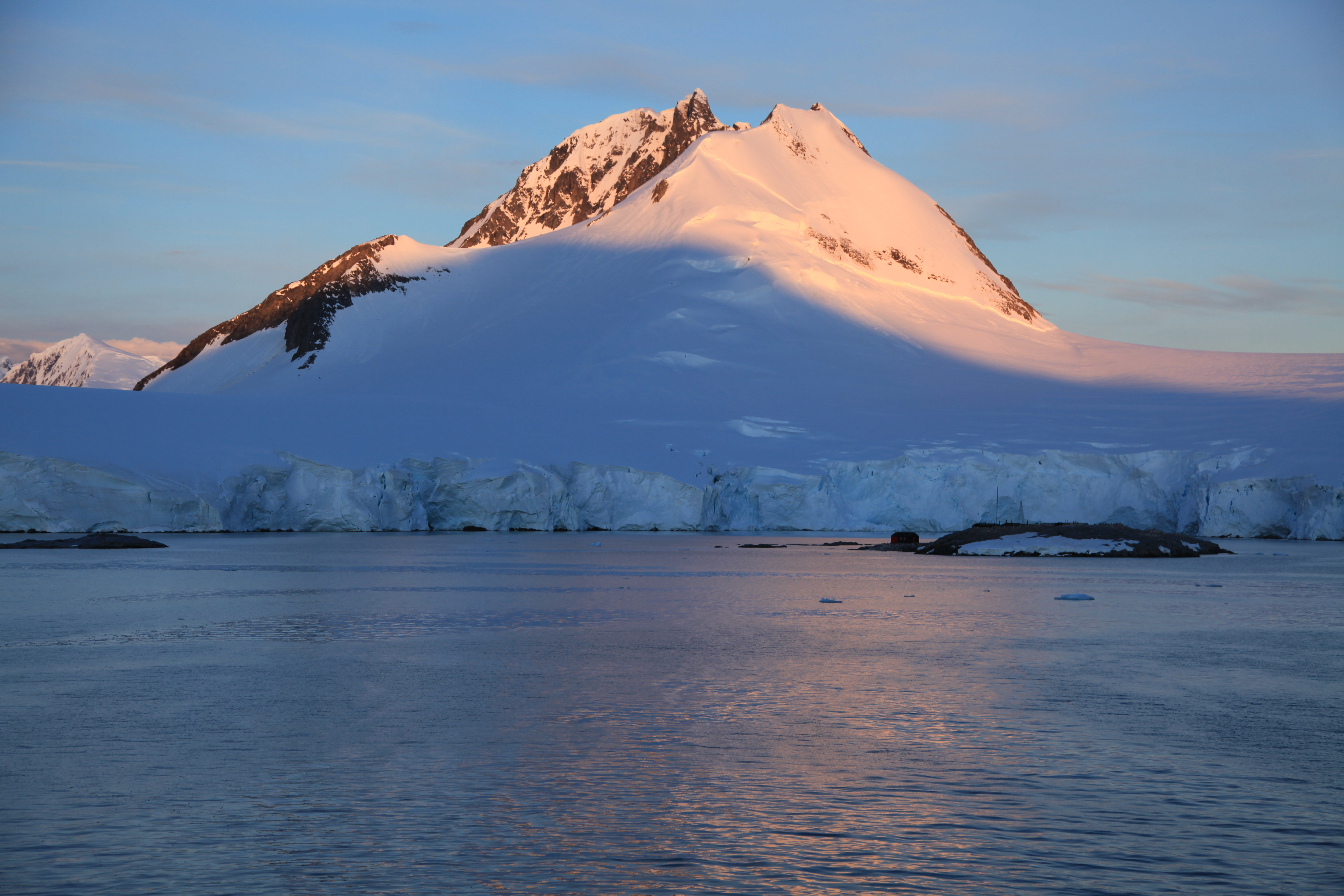 how to get to port lockroy