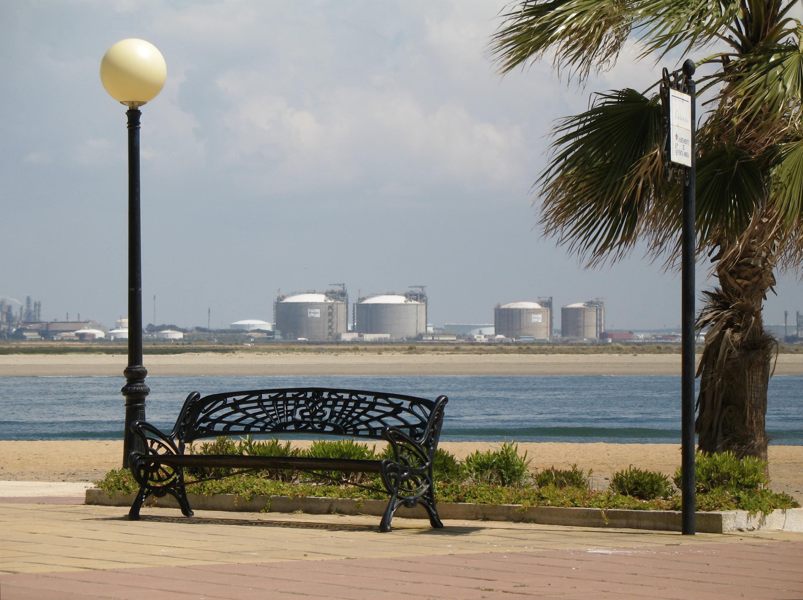 File:Punta Umbría 001.jpg - Wikimedia Commons