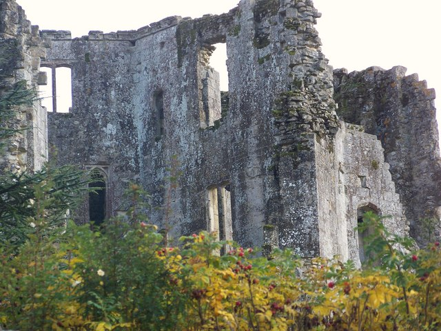Ruins of Old Wardour Castle - geograph.org.uk - 603765