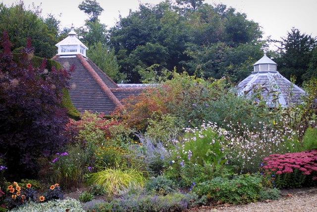 Squerryes Court Gardens - geograph.org.uk - 231445