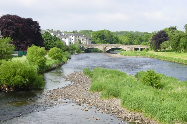 File:The River Derwent. Cockermouth - geograph.org.uk - 5818.jpg
