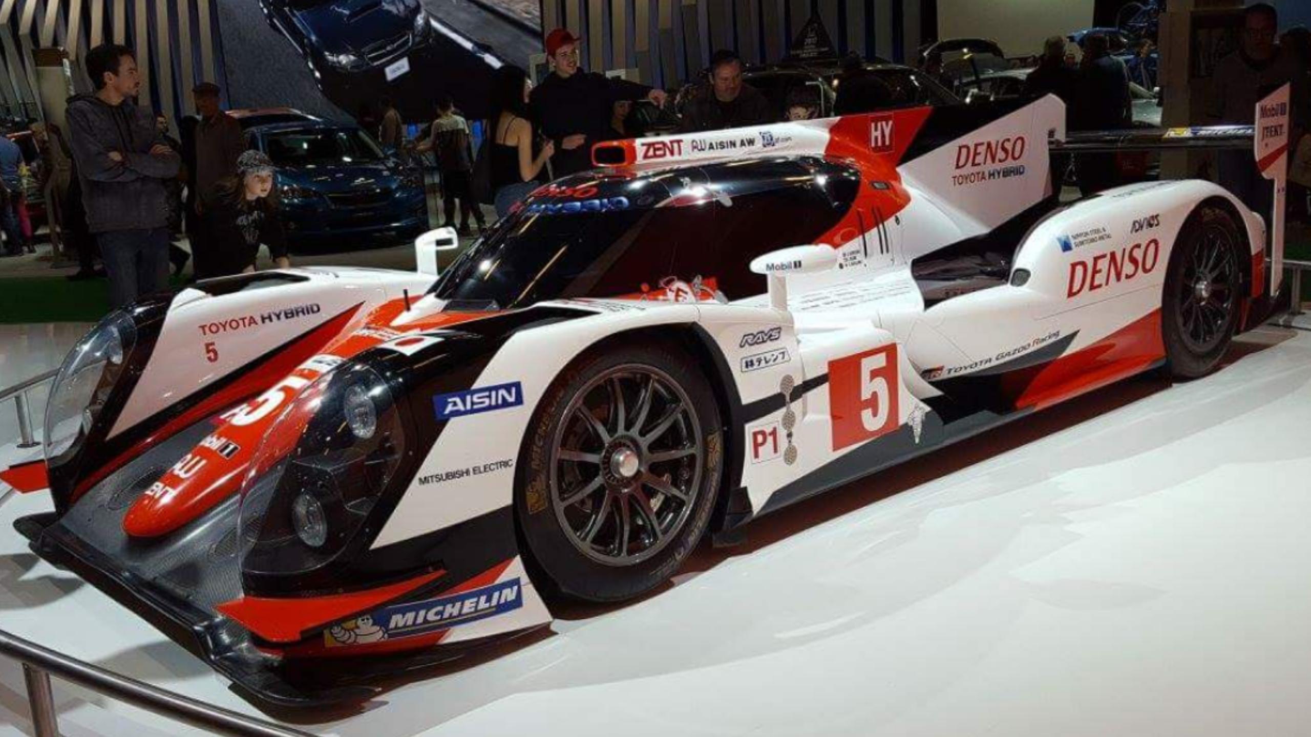 File:Toyota F1 Racing Car (MIAS U002717).png