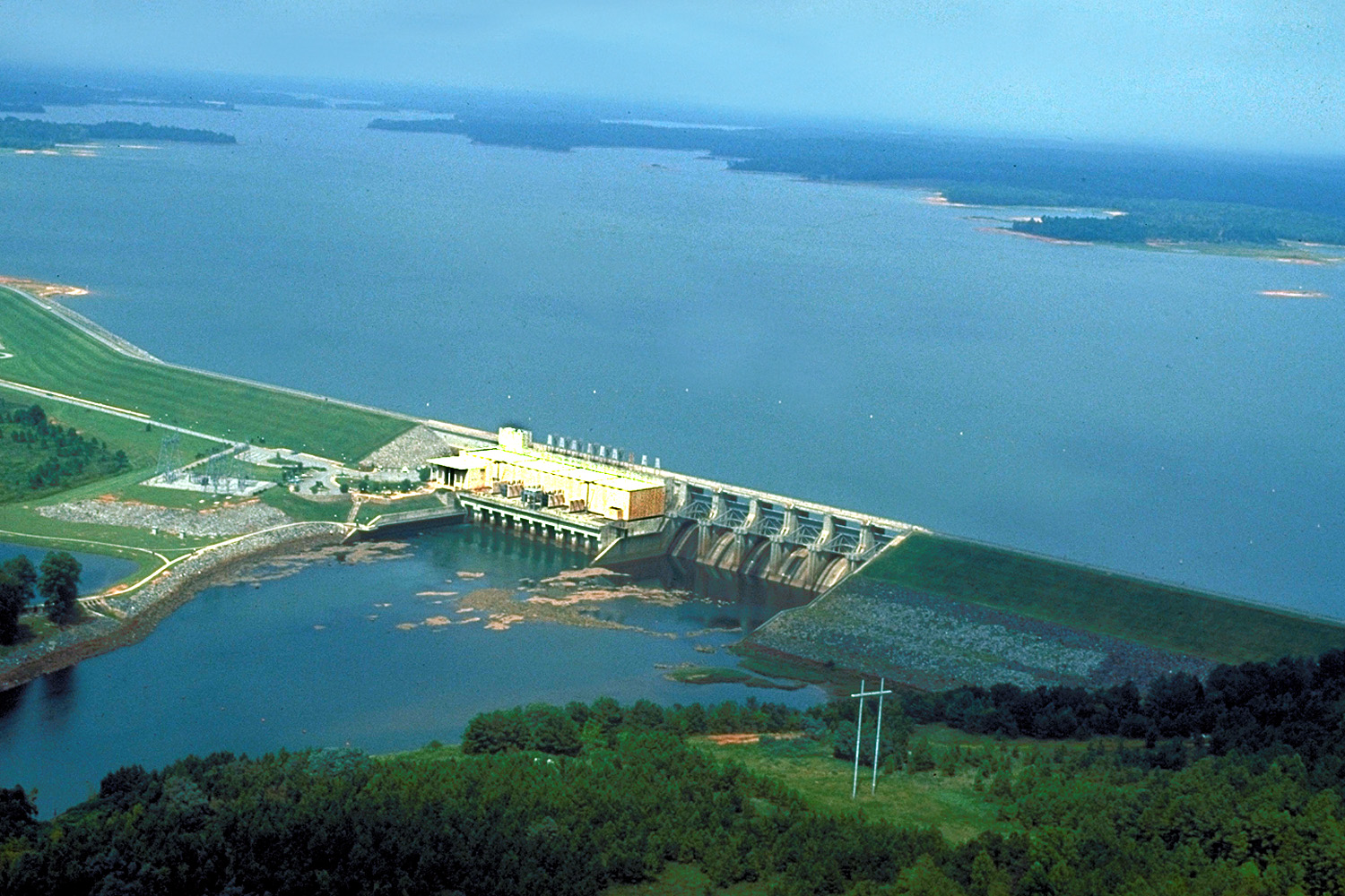 pickwick lake map with File Usace West Point Dam And Lake on Metro Flood Preparedness furthermore 10 Of The Worlds Most Expensive Homes furthermore File USACE West Point Dam and Lake likewise Old Hickory Lake Cumberland River Map as well Maplist.