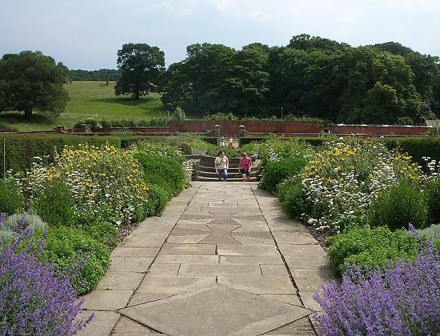 Walled garden, Temple Newsam - geograph.org.uk - 188475