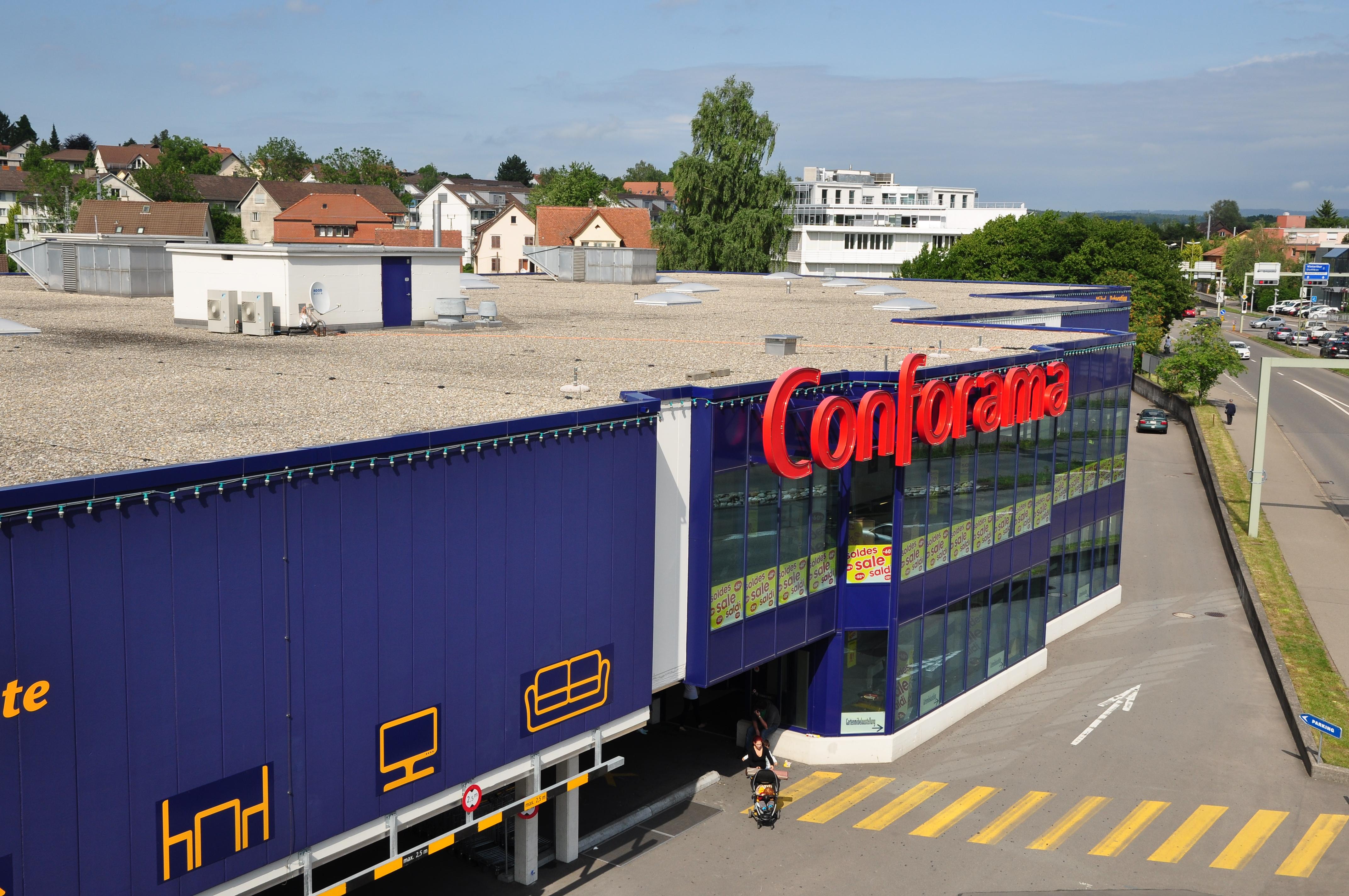 File wallisellen glatttalbahn glattzentrum 2011 06 23 for Conforama svizzera