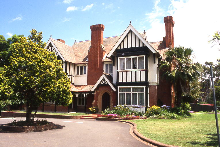 Tudor Styled U0027West Malingu0027, Queen Anne Federation Home, 663 665 King  Georges Road Penshurst, Sydney This Style Was Also Called Tudor Revival