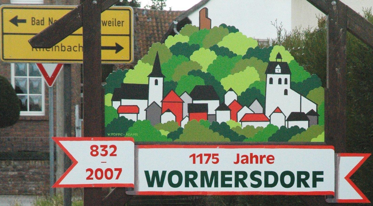 File:Wormersdorf 1175 Jahre (cropped).jpg