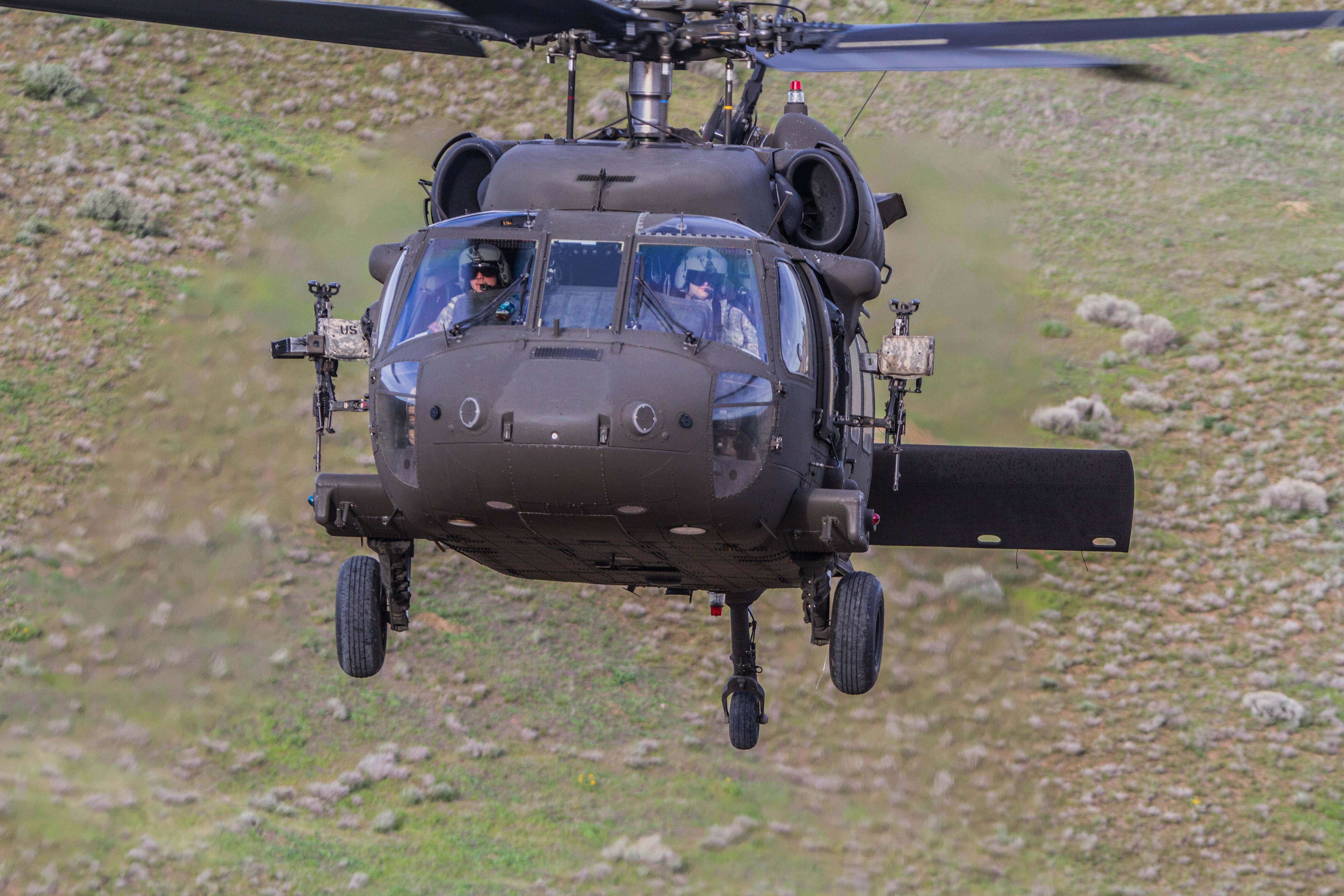 file 16th cab black hawk crews complete aerial gunnery qualification rh commons wikimedia org Army Gunnery Tables Army Stryker Gunnery
